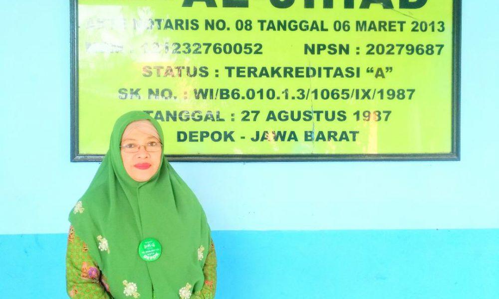 Ketua Yayasan Al-Jihad Cilodong Depok Dra. Hj. Neni Argaeni, M.Pd.I